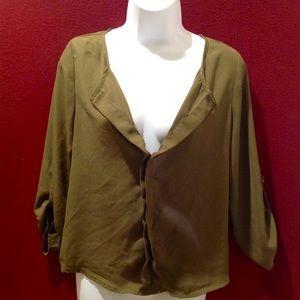 Olive green V neck front, Key 🔑 hole back blouse
